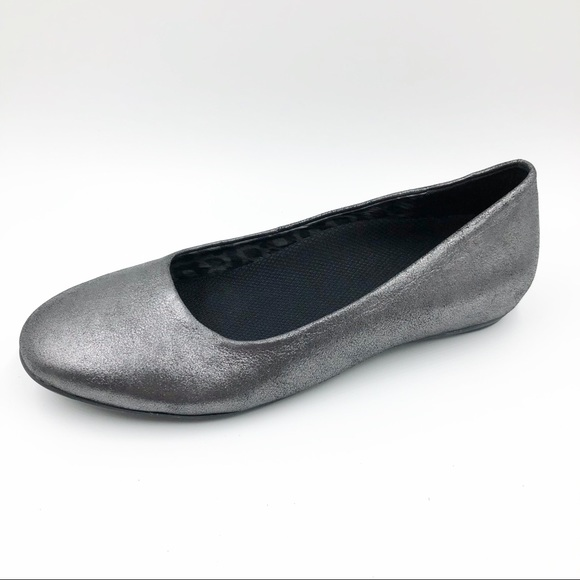 47ad6f87c7 Abeo Shoes | Womens Size 7 Ballet Flat Silver Leather | Poshmark